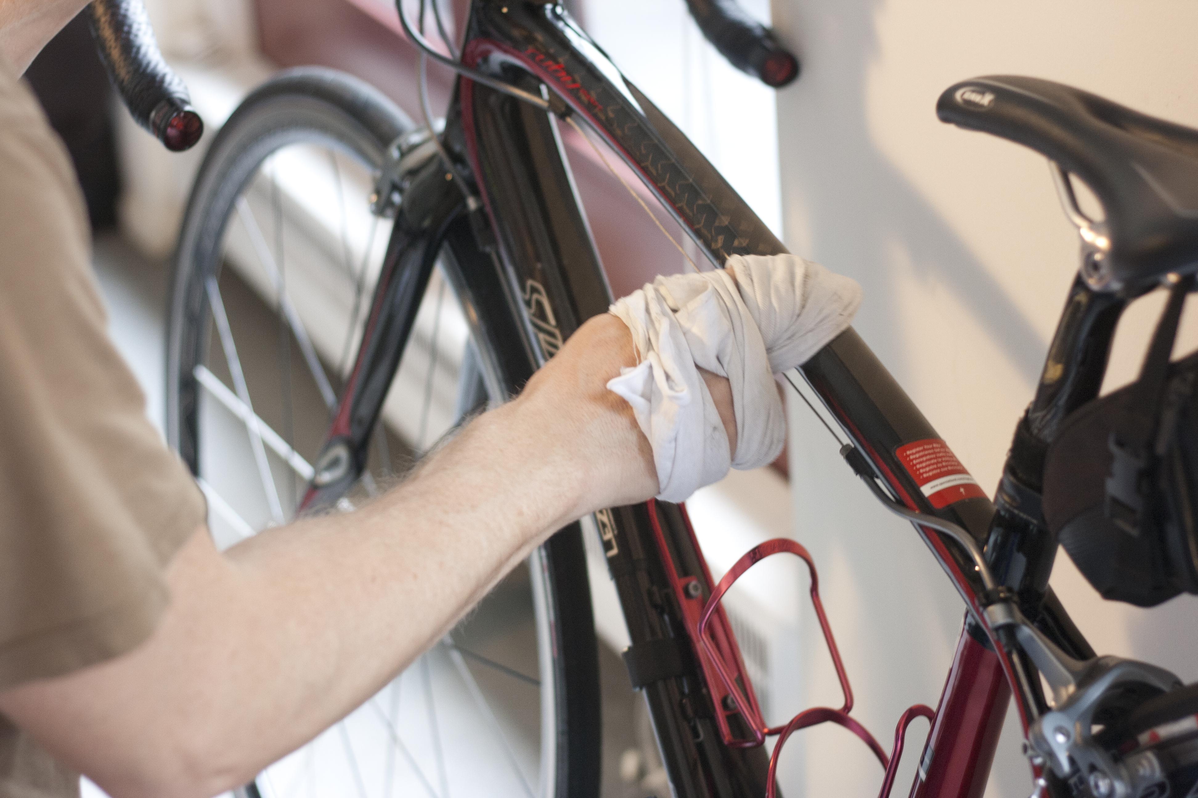 Tips & Tricks: Keep it Clean – Wax On, Wax Off   WE LIKE TO BIKE