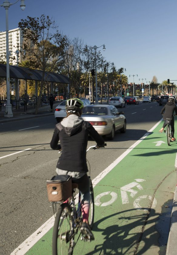 bike-lane-embarcadero-cropped